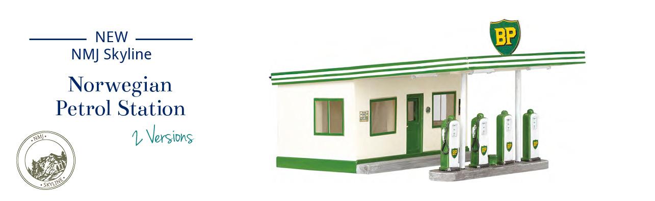 NMJ Skyline pertrol / gas station / garage ready made BP Norol Novelty H0 HO