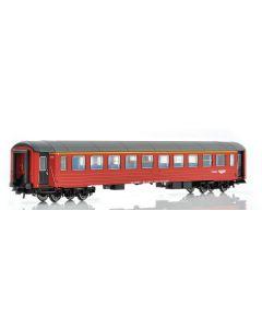 Topline Personvogner, NMJ Topline A2 24002 1 Cl. passenger coach in the New design, red/black livery., NMJT105.301
